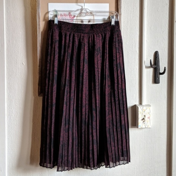 Who What Wear Dresses & Skirts - //Sold// Who What Wear // pleated midi skirt NWOT